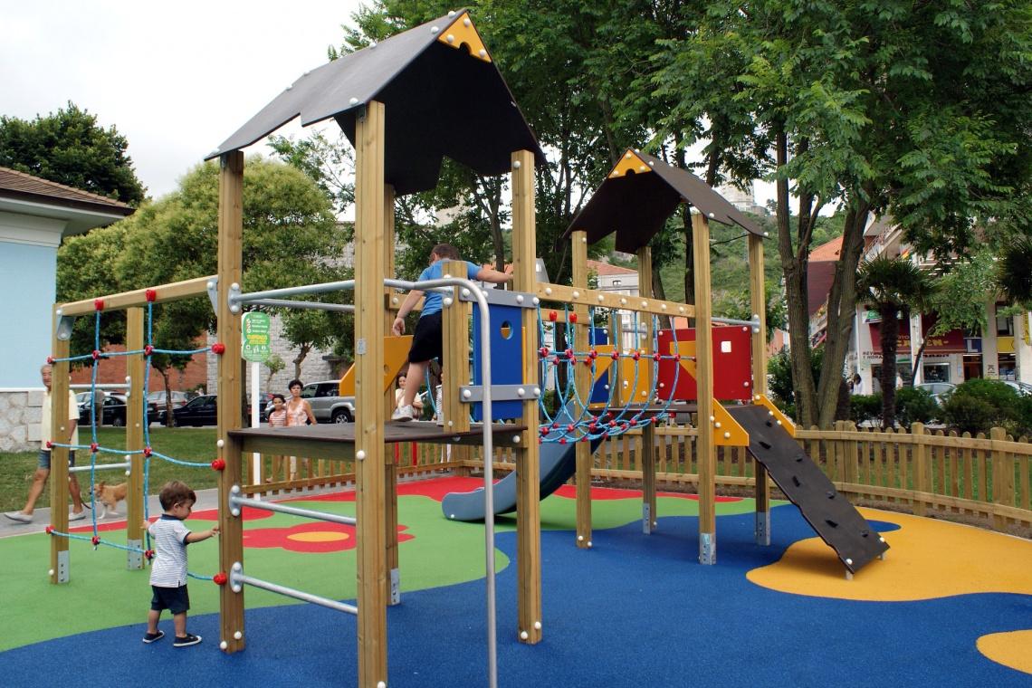 Jes s b rcenas grupo reas de negocio mantenimiento de for Mantenimiento de parques y jardines